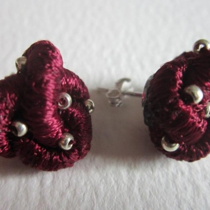 Knotted stud earrings - £26
